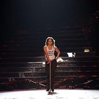 Hier soir, Jennifer a fait son 1er show à Las Vegas en présence de ses amis et sa famille