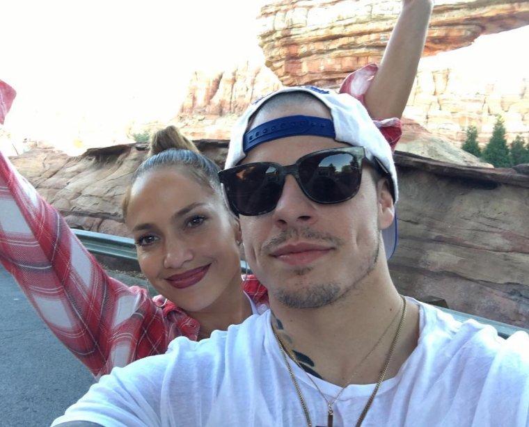 Jennifer était à DisneyLand le 20.02.2016 avec toutes sa famille