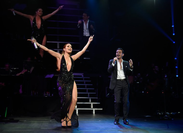 """Jennifer au concert de Marc Anthony. Ils y ont interprétait leurs titres """"No Me Ames"""""""