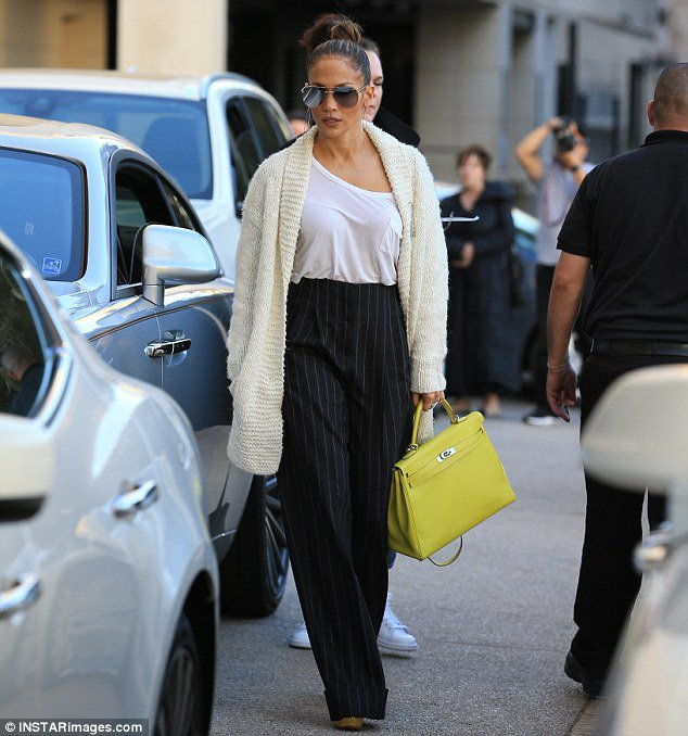 Jennifer à Beverly Hills le 28.12.2016