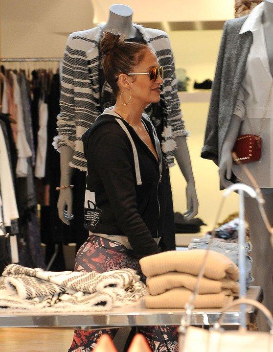 Jennifer faisant du shopping le 13.01.2017 à Los Angeles