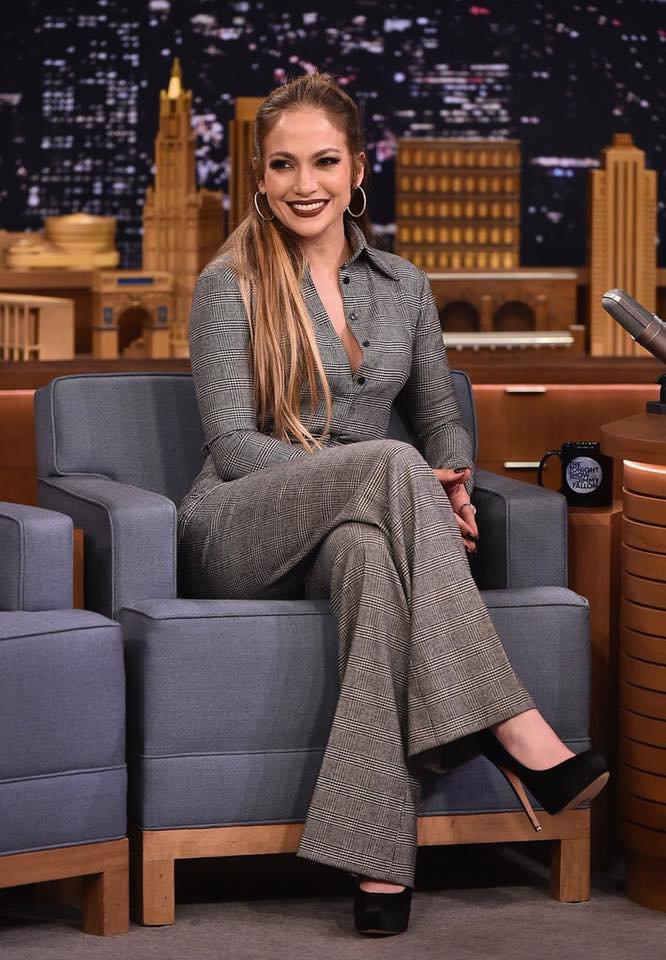 Jennifer sur le plateau de Jimmy Fallon le 01.03.2017