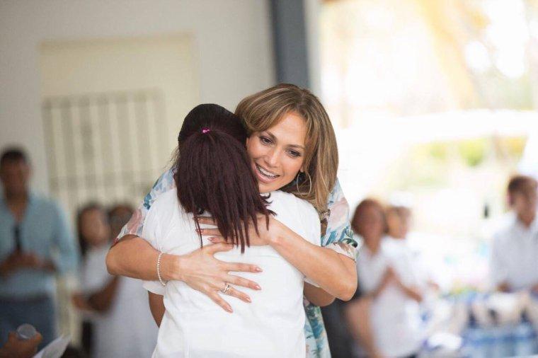 """Jennifer Lopez & Alex Rodriguez à la """"MIR Fundation"""" le 17.04.2017"""