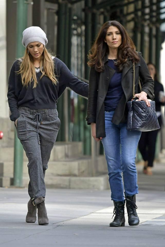 Jennifer avec sa soeur Lynda à New York le 23.04.2017