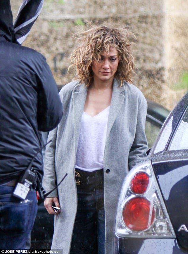 """Jennifer sur le set de la saison 3 de """"Shades Of Blue"""" le 25.04.2017"""