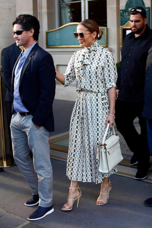 Jennifer & Alex Rodriguez au Musée du Louvre à Paris le 17.06.2017