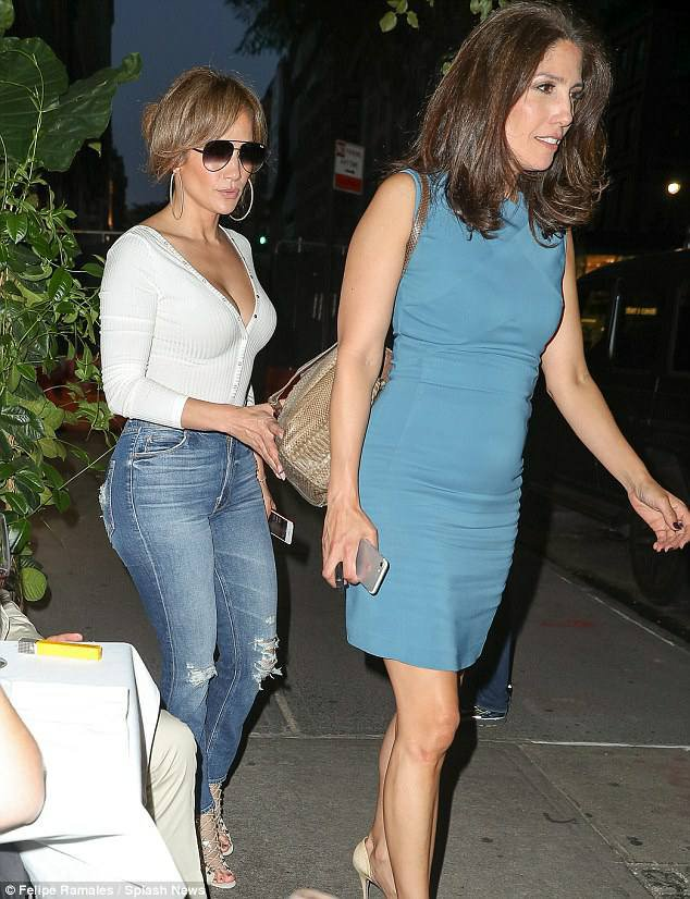 Jennifer & sa soeur Lynda à New York le 09.08.2017