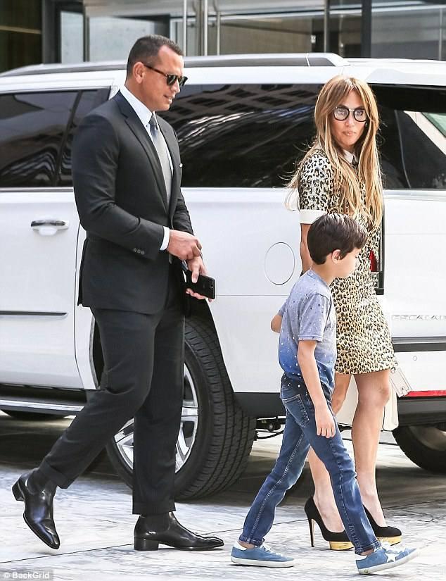 Jennifer à New York le 01.09.2017 avec Alex et son fils Max