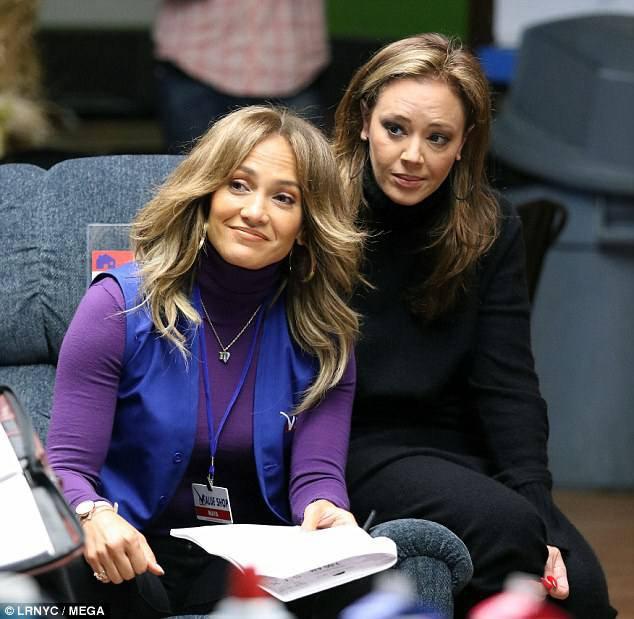 """Jennifer et Leah Remini sur le set de """"Second Act"""" le 23.10.2017"""
