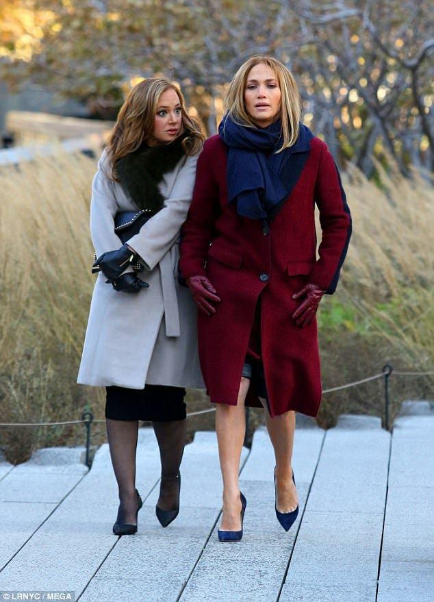 """Jennifer & Leah sur le set de """"Second Act"""" le 27.11.2017"""