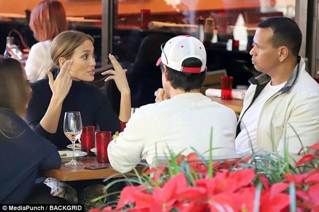 Jennifer à Miami le 16.12.2017