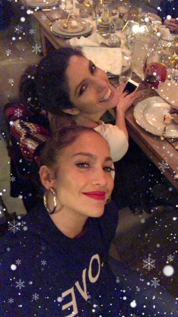 Photos postés sur instagram le 25.12.2017