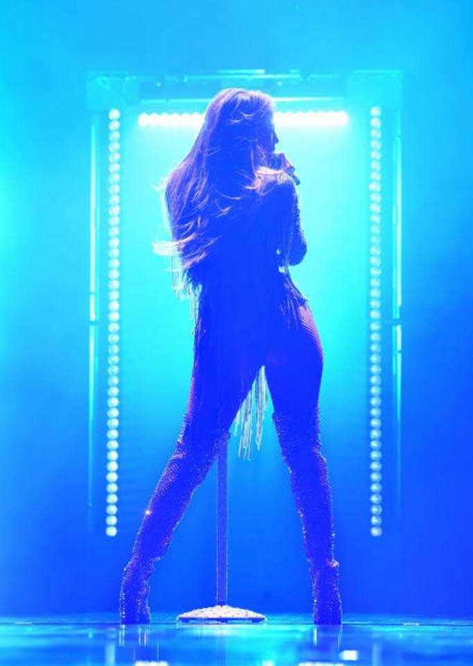 Jennifer performant au NBC Universal Upfront à New York le 14.05.2018