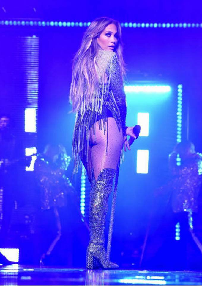 Jennifer performant au NBC Universal Upfront à New York le 14.05.2018