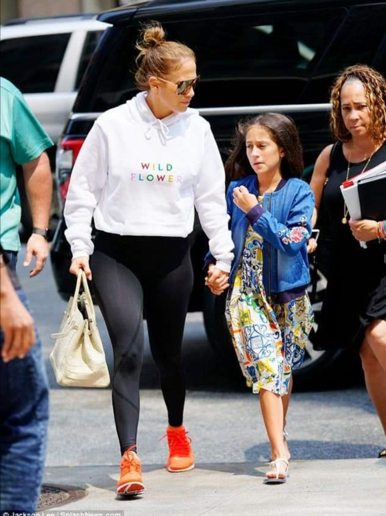 Jennifer à New York le 16.08.2018 avec Emme