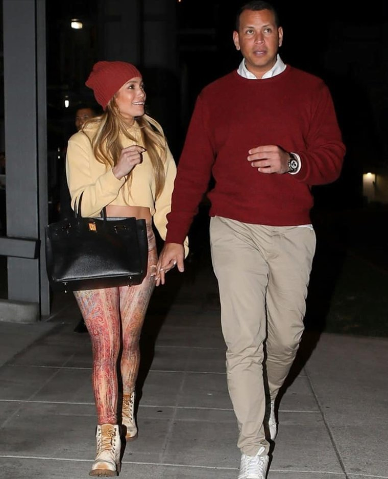 (17.12.2018) Jennifer & Alex Rodriguez à Beverly Hills
