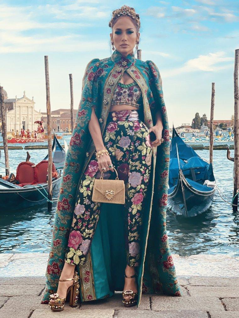 Fashion Look - 2021