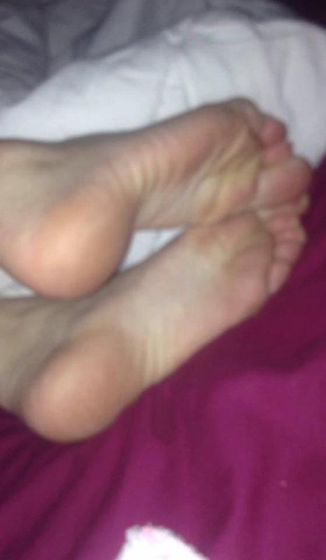 encore ces pieds