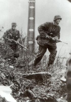 WW2 Bataille de Poteau Soldat allemand Ardennes Photo