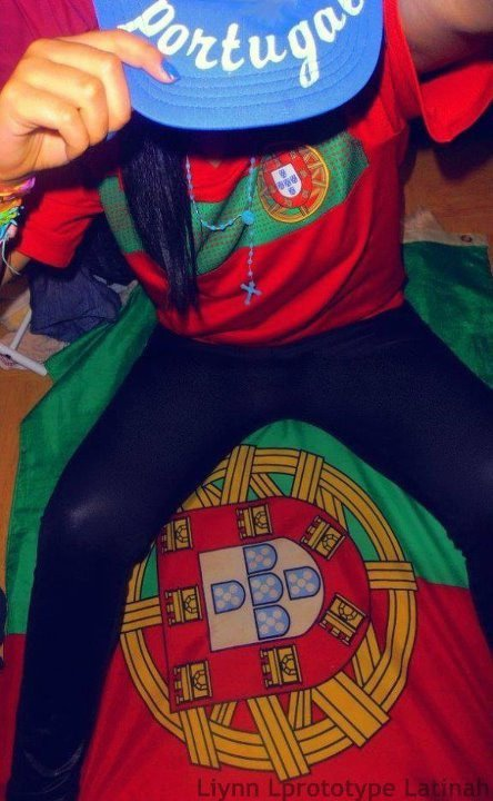 # Portugaise Eet Fiieere De Etre #