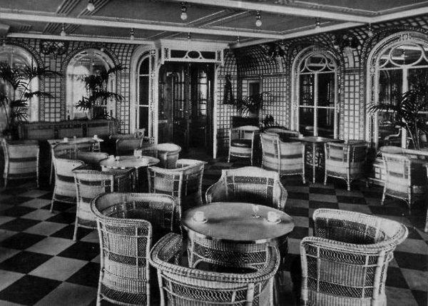 Le Café Véranda