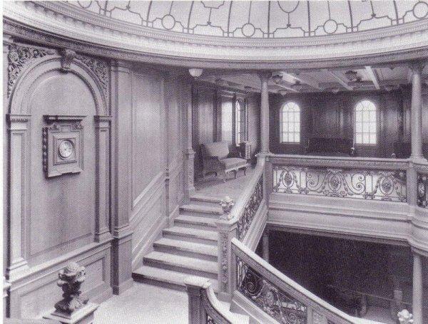 Le Grand Escalier arrière