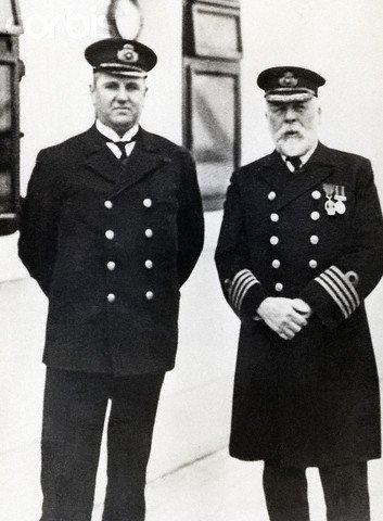 Hugh McElroy, le commissaire de bord