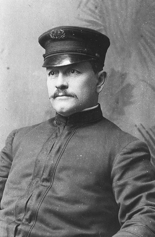 John Starr March, postier du Titanic
