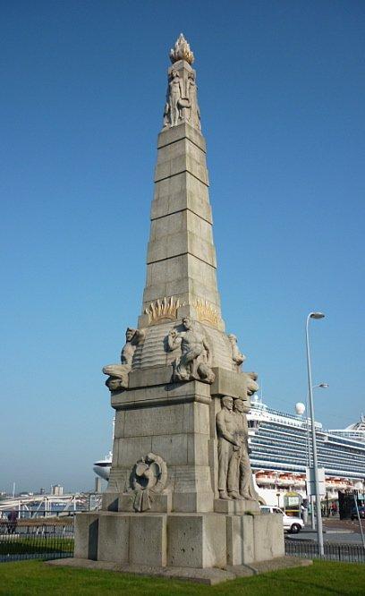 Le Mémorial des Mécaniciens, les héros de la salle des machines du Titanic