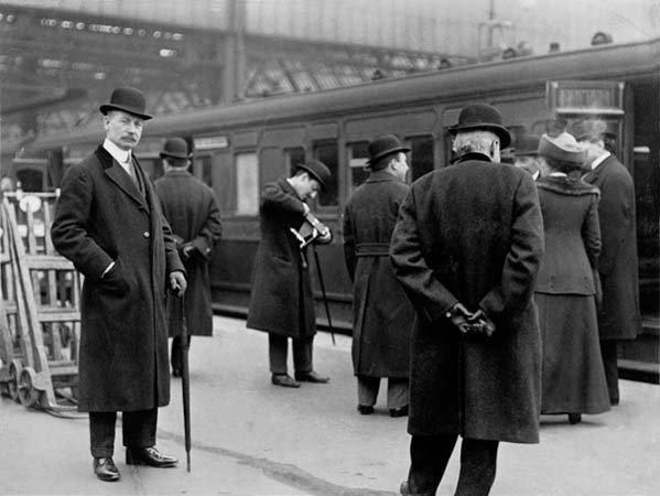 """Horaires d'arrivées des """"Trains Transatlantiques"""" à Southampton"""
