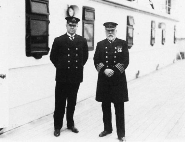 Des coups de feu ont-ils été tirés sur le Titanic lorsqu'il coula ?