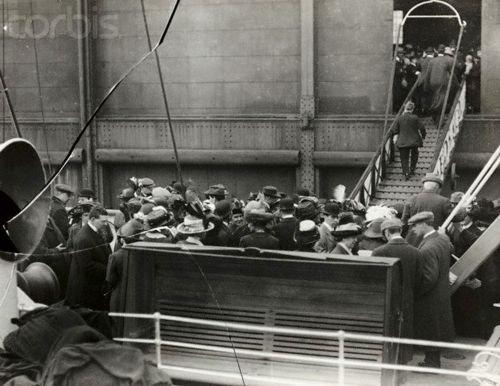L'arrivée des rescapés à New-York
