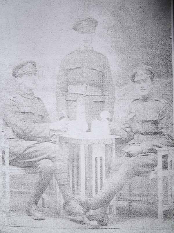 soldats britanniques à Evin-malmaison