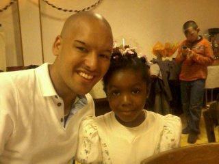 avec ma petite cousine Clara il y a 2 ans
