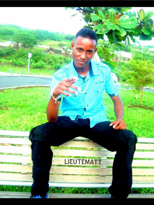 LieuteMatt -  Kafrine Mi Veut Voir Ou Wyner (Klac Records) (2013)