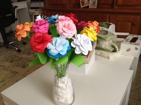 pas besoin d'offrir des fleurs me debrouille seule mdr