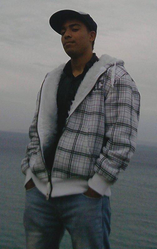 Mc Soulja - 9areb Aji tchof - 2011