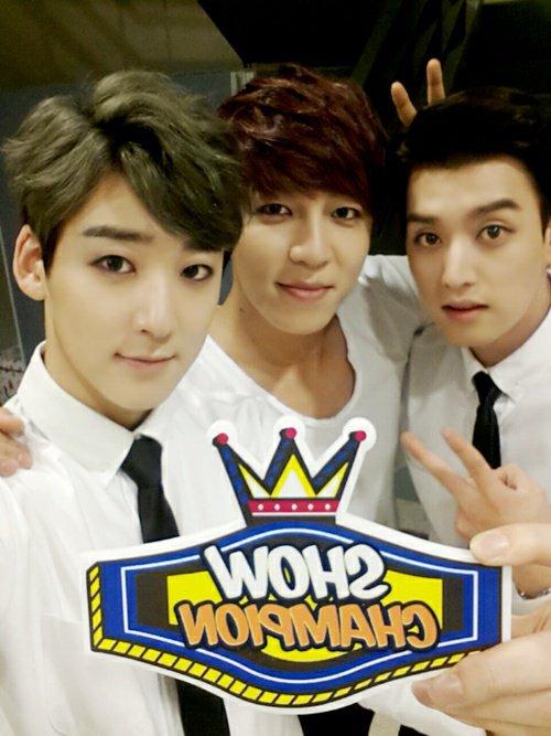 Trois beaux gosses pour nous ♥ ;)