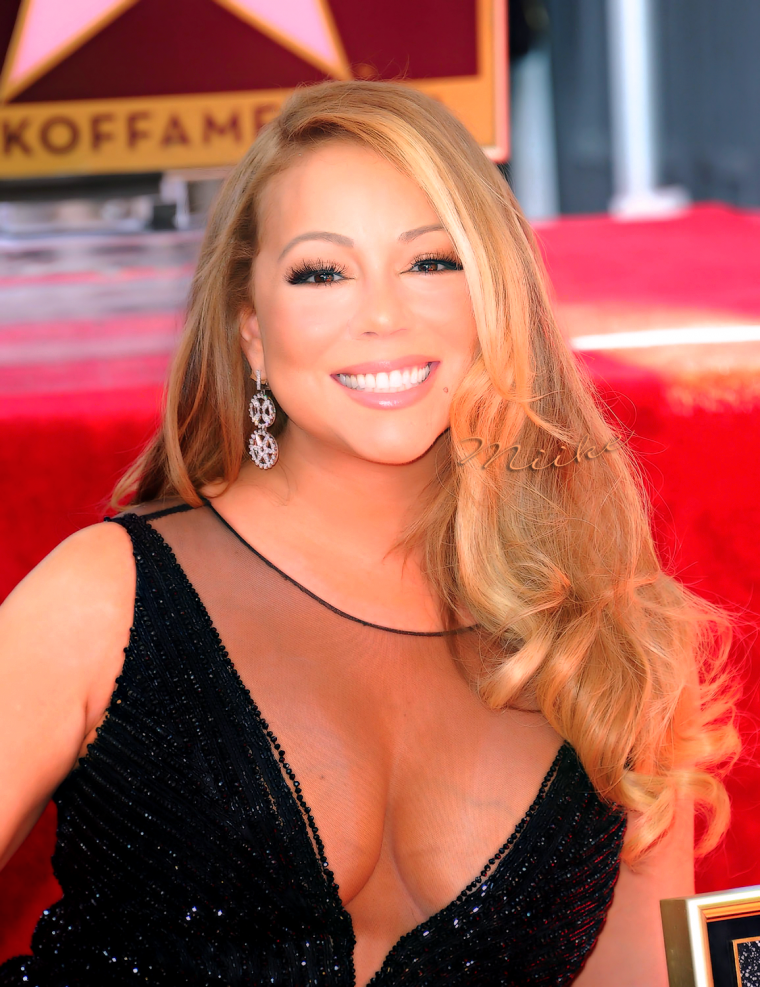 • Mariah Carey : Hollywood Walk of Fame - Ceremony (Août - 2015) ♥