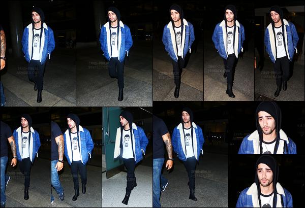 15/10/2016 : Zayn a été aperçu alors qu'il arrivait à l'aéroport international de « L.A.X » situé à Los Angeles.Après quelques semaines sans nouvelles, celui-ci est enfin de retour à Los Angeles. Je le trouve assez fatigué mais il reste beau comme d'habitude !