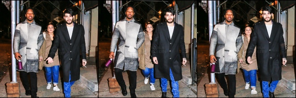 16/01/17 : C'est dans le froid que Zayn a été photographié, se promenant dans New-York avec son équipe !Je n'aime pas trop ses quelques photos de Zayn. Je trouve qu'il a l'air fatigué et super énervé d'être photographié. De plus, sa barbe est trop longue.