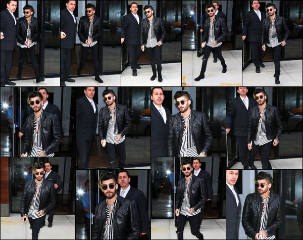 .04/05/17. ─ Comme à son habitude, Zayn a été aperçu lorsqu'il sortait de l'appartement de sa petite amie à New-York ! C'est toujours sans la compagnie de Gigi que Zayn a été photographié. Je trouve ça bien qu'on les voit de moins en moins proche, ça devenait lassant...