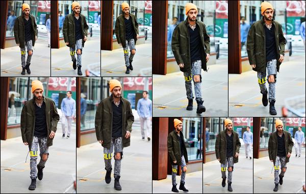 .04/06/17. ─ Zayn a été photographié alors qu'il sortait de l'immeuble de Gigi Hadid situé dans le quartier de Manhattan. Encore une fois, Zayn n'avait pas l'air d'être très content de voir des paparazzi. On remarque qu'il rencontre de moins en moins de fans de l'immeuble...
