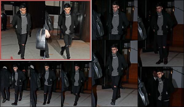 """. """"16.01.18"""" '─' Comme d'hab, Zayn a été aperçu lorsqu'il sortait de l'immeuble de sa petite amie à New-York !  Apparemment, Zayn se rendait dans un studio d'enregistrement pour continuer l'enregistrement de son nouvel album. Il était avec Make You Know Love. """""""