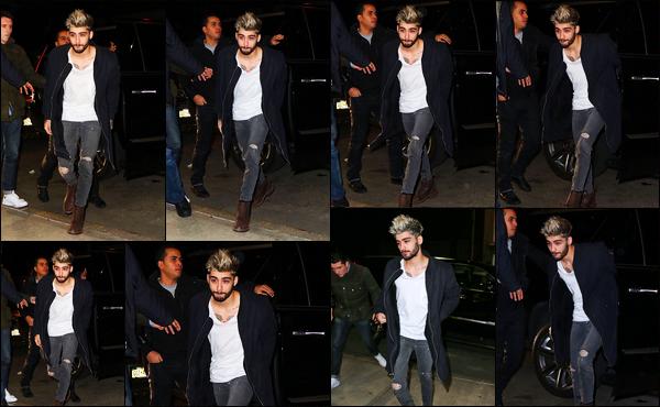 """. '05/01/16' '─' Toujours dans le quartier de Manhattan, Zayn a été aperçu en rentrant dans l'immeuble de Gigi  Encore une nouvelle fois, Zayn fait des allés-retours entre son hôtel et l'immeuble dans lequel sa petite-amie Gigi Hadid vit. J'aime beaucoup sa coiffure ! """""""