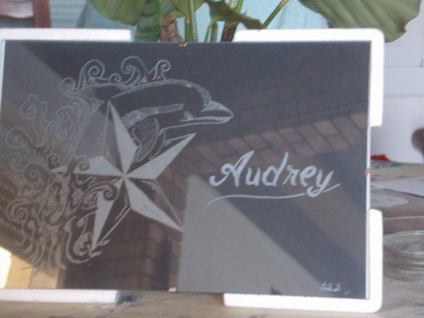 gravure sur cadre en verre personnalisé
