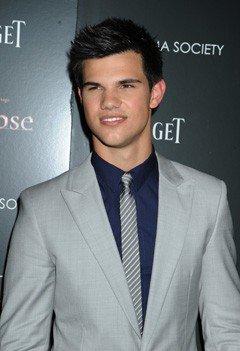 Taylor Lautner : 40 000 dollars gagnés, 40 000 dollars donnés !