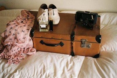 Le cuir usé d'une valise