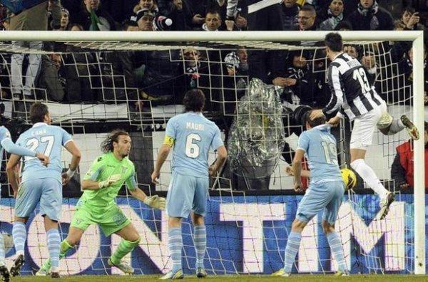 La Juventus a été tenu en échec pour le match aller de la Coupe d'Italie contre la Lazio