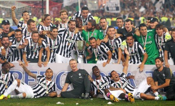 La Juventus a remporté son 1 titre de la saison en battant la Lazio pour la Supercoupe